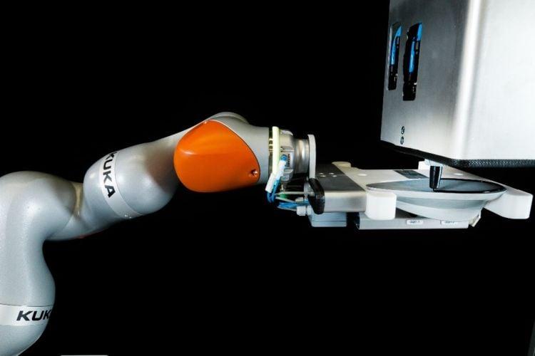 YASKAWA supports design project MOTOMAN robot creates artworks made