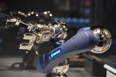 Schunk Featured In Robot Revolution Exhibit At Museum Of Science And